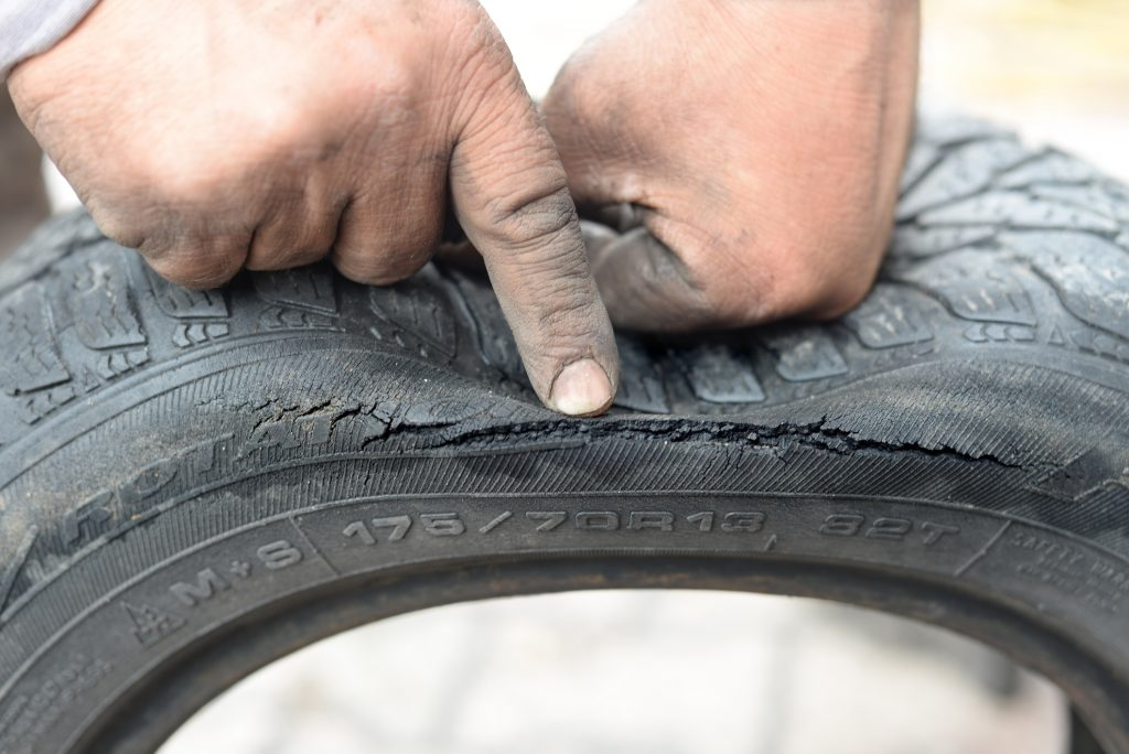 Accident Risk with aged tyre
